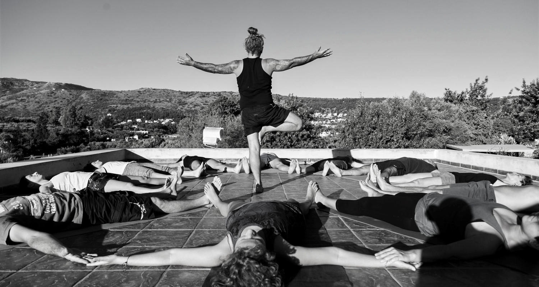 retiro de yoga en Creta